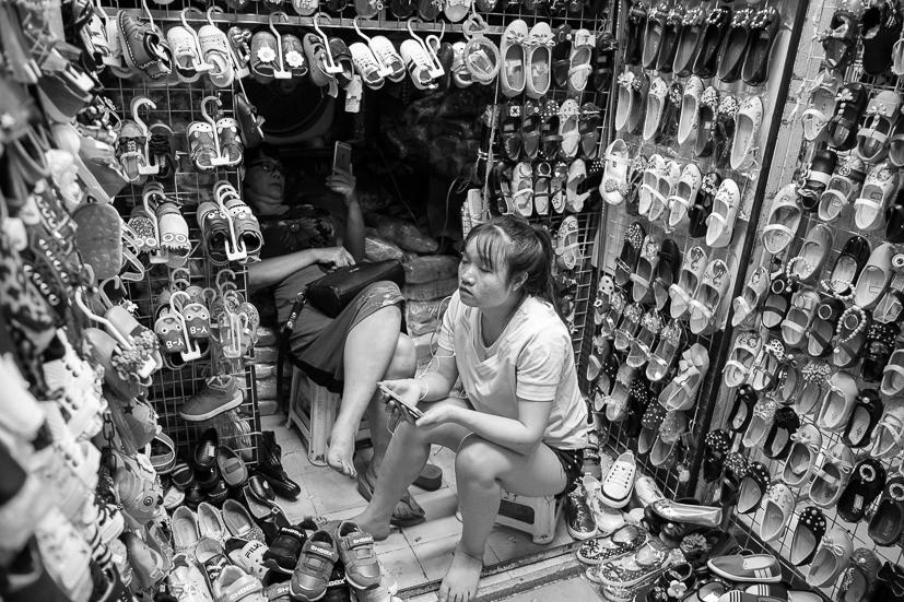 Đồng Xuân Market